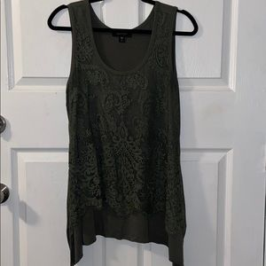 Karen Kane Side Tail Lace Overlay Tunic LG